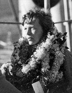 Amelia Earhart, Aviators Women, Historical Photos, American, Celebrity Photos, Jon Snow, Black And White, Female, History