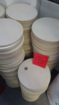 Wood circles.             Gloucestershire Resource Centre http://www.grcltd.org/scrapstore/