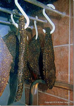 Exhilarating Chilli Biltong recipe–tried and tested – Freud Fission Chips Tagine Recipes, Biltong, Cooking Supplies, South African Recipes, Spice Mixes, The Cure, Spices, Cooking Recipes, Meat
