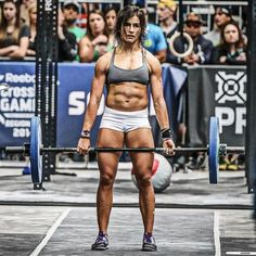 Learn more about Lauren Fischer, a top female CrossFit athlete, including stats, results, diet and workout tips and more. Rogue Fitness, Body Fitness, Crossfit Games, Bodybuilding Training, Bodybuilding Workouts, Women's Bodybuilding, Female Crossfit Athletes, Fitness Inspiration, Motivation Inspiration