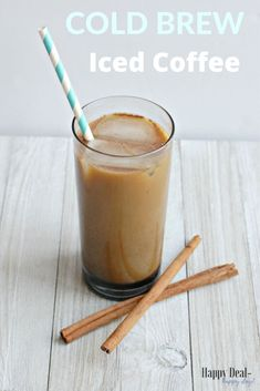How To Make Simple Cold Brew Iced Coffee Comes with a free printable recipe card you can attach as a gift idea! How To Make Simple Cold Brew Iced Coffee Comes with a free printable recipe card you can attach as a gift idea! Breakfast Crockpot Recipes, Coffee Recipes, Cold Brew Iced Coffee, Coffee Drinks, Best Coffee, Coffee Coffee, Coffee Shop, Printable Recipe Cards, Free Printable