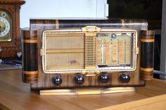 Poste écureuil oceanic 1949 #vintage #vintagestyle #radio #music #poste #1949 #homedecor #home #love #beauty Radios, Jukebox, Vintage, Vintage Comics