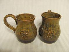 Coffee mugs, vase-shaped