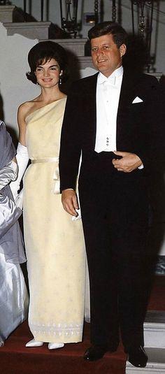 JFK & Jacqueline Kennedy