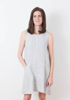 The Farrow features an elegant A-line shape with flattering diagonal seaming concealing inseam pockets, and a jewel neckline. Imagine wearing View A during the balmy days of summer. View B features bracelet sleeves and is the perfect option for cooler temperatures in the spring and autumn. Layer it with tights and a Driftless Cardigan for the snowy days of winter. Dress it up with heels and dress it down with boots. Techniques involved include sewing a straight seam, setting sleeves, inseam…