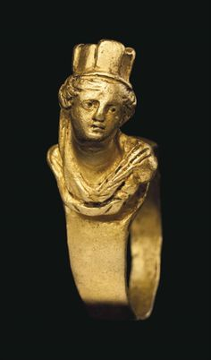 Gold Roman ring depicting the goddess Tyche, 1st-2nd centuries CE. From Christie's Auctions