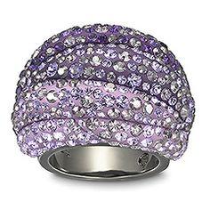 swarovski appolon amethyst ring... es bello, lo tengo en venta aunque estoy decidiendo si me lo dejaré o no... quizás sea mucho lila si ya tengo el chic purple :s