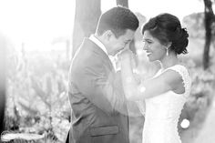 Wedding Photo Tips - Couple Shoot - Pink Book - Your Bridal Bestie Wedding Book, Wedding Tips, Wedding Photography Tips, How To Pose, Creative Photos, Couple Shoot, Simple Weddings, Photo Tips, Wedding Pictures