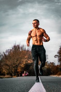 If you love your body then go to the gym to get the perfect shape. Find the best gym and fitness centers with personal trainers near you with Fitsapp. Fitness Tracker, You Fitness, Physical Fitness, Fitness Goals, Fitness Tips, Zumba Fitness, Fitness Exercises, Kids Fitness, Blink Fitness