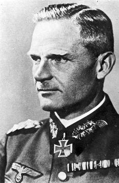 ✠ Carl Heinrich von Stülpnagel (2 January 1886 - 30 August 1944) RK 21.08.1941 General der Infanterie OB 17. Armee. He was found guilty of high treason and hanged.