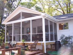 Screened In Porch Plans - Think of a screen porch as an outdoor room. Do you want to build the area large enough to accommodate a small table Screened In Porch Plans, Screened Porch Designs, Front Porch, Front Deck, Enclosed Porches, Decks And Porches, Mobile Home Porch, Mobile Homes, Porch Addition