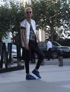 HELLO EVERYONE, NEW POST ON MY BLOG! LINK:  http://www.onurollstyle.co/2016/10/mfwi-day-1.html  INSTAGRAM/ ONUROLLSTYLE  #style #streetfashion #fashionstyle #lifestyle #fashionblogger #casual #jackdaniels #party #istanbul #fashionblogger #streetstyle #mbfwi #mbfw #fashionweek #streetstyle