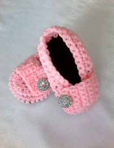 Crochet Booties  Baby Girl Booties  by WendyHeckermanDesign, $18.00