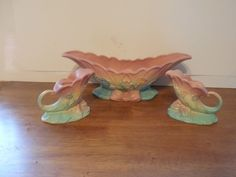 VINTAGE RARE HULL BOWKNOT CONSOLE BOWL AND CANDLE HOLDERS SET PINK & BLUE