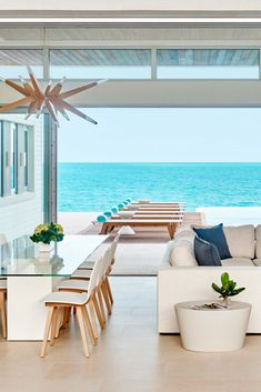 Elevated hillside villa with stunning water views of Turks and Caicos Dream Home Design, Home Interior Design, My Dream Home, House Design, Interior Designing, La Croix Valmer, Dream Beach Houses, Small Beach Houses, Beach House Decor