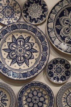 hand painted plates: plates with folk art decoration from northern Hungary Pottery Painting, Ceramic Painting, Ceramic Art, Folk Art Flowers, Flower Art, Ceramic Plates, Ceramic Pottery, Blue Pottery, Hand Painted Plates