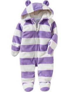 Old Navy Micro Performance Fleece Hooded One Pieces For Baby - Purple stripe Cute Baby Girl, Baby Love, Cute Babies, Boys Winter Clothes, Cute Baby Clothes, Baby Girl Fashion, Kids Fashion, Toddler Girl, Baby Kids