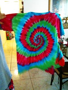 Tye Die T Shirts! #howto #tutorial  @Katie Hrubec Hrubec Hido what are your thoughts?