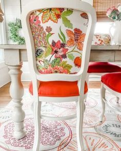 Louisiana, Dining Set, Dining Chairs, Dining Rooms, Metal Fence Posts, Home Suites, Cowhide Chair, Door Stays, Southern Cottage