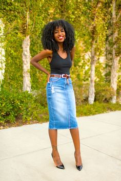 Id wear Small bolro blazar over Tank Bodysuit Denim Pencil Skirt Denim Skirt Outfits, Denim Outfit, Denim Pencil Skirt Outfit, Jean Pencil Skirt, Denim Overalls, Jean Outfits, Fashion Mode, Skirt Fashion, Emo Fashion