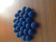 25+Stück+Blaue+Filz+Kugel+20+mm-fb210+von+NepaFilz+auf+DaWanda.com