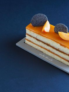 Un gâteau impérial qui vous donnera envie d'aventure, le Cakissime Abricot vous attend cette semaine ! #NicolasBernardé #PâtisserieDuSamedi #dessert #cake #gourmand #gourmet #teatime #Frenchpastry #abricot #apricot #アプリコット #amande #almond #アーモンド #glutenfree #無グルテンの #Paris #ParisIsAlwaysAGoodIdea #French #gâteau #LaGarenne #Colombes #LaDefense #Neuilly #Courbevoie #Levallois #Instafood #goûter