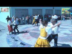 Dança Tradicional (2) no Arraial Popular do Agrup. Escolas Michel Giacom...