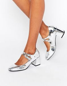 Buy Glamorous Mary Jane Silver Flare Heeled Shoes at ASOS. With free delivery and return options (Ts&Cs apply), online shopping has never been so easy. Get the latest trends with ASOS now. Mid Heel Shoes, Tap Shoes, Dance Shoes, Latest Fashion Clothes, Fashion Shoes, Fashion Online, Asos, Short Heels, Mary Jane Heels