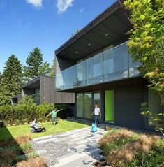 Gallery - Houses at 1340 / office of mcfarlane biggar architects + designers - 9