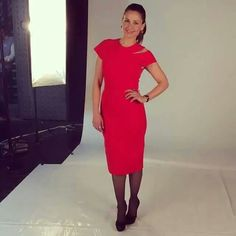 Love this red dress from Victoria Beckham ❤❤