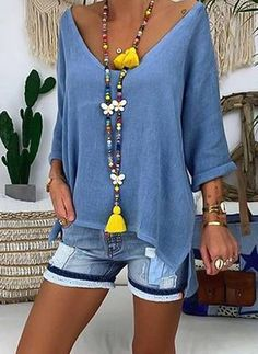 Plus Size Solid V-Neckline Casual Shift Blouses Sleeves Plus Blouses Plus Size Solid V-Neckline Casual Shift Blouses Sleeves Plus Blouses the latest fashion & trends in women's collection. Latest Fashion For Women, Latest Fashion Trends, Womens Fashion, Fashion Online, Outfit Chic, Look Boho, Mode Chic, Casual Tops, Look Fashion
