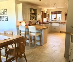 24 Ideas Home Bar Luxury Decor Open Plan Kitchen Diner, Country Kitchen, New Kitchen, Kitchen Dining, Kitchen Decor, Kitchen Wood, Kitchen Ideas, Kitchen Designs, Home Board