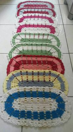Jenny Boone's 610 media content and analytics Crochet Bedspread, Crochet Pillow, Baby Blanket Crochet, Crochet Baby, Crochet Home, Diy Crochet, Crochet Placemat Patterns, Crochet Table Mat, Pink Baby Blanket