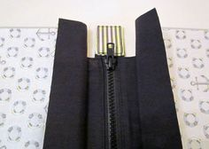 Shoulder bag tutorial - includes how to add a recessed zip at top of bag and sew a tab on to the zip