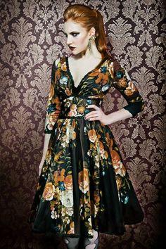 Katjusha Dress Bouquet Www.lenahoschek.com