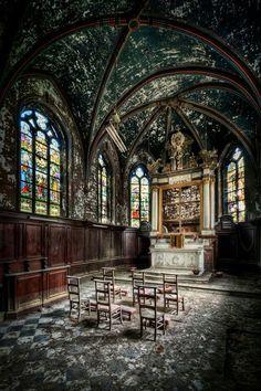 Tiene Vitrales Iglesia
