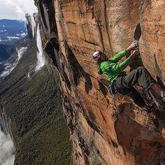 Rockclimbing en Roraima, toda una aventura. | 26 Fotos de Instagram que harán sentir orgulloso a cualquier venezolano
