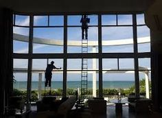 window cleaning Window Cleaner, Windows, Cleaning, House Ideas, Home Cleaning, Ramen, Window