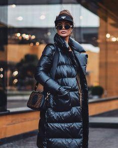 "2,350 харесвания, 39 коментара – J'adore.parisian.chic (@jadore.parisian.chic) в Instagram: ""👉 @sallykilani08 Which one 1 - 10? #lavieenrosestyle #fabulous #fashionista #fashionweek…"""
