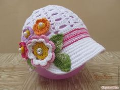 Crochet : Beautiful hat in crochet, Made for children.crochet cute caps and hats for your baby Childrens Crochet Hats, Crochet Adult Hat, Crochet Summer Hats, Crochet Toddler, Crochet Beanie Pattern, Crochet Baby Hats, Crochet Flower Hat, Crochet Cap, Cute Crochet