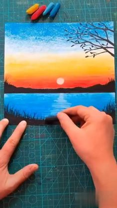 Oil Pastel Drawings Easy, Oil Pastel Art, Crayon Drawings, Crayon Art, Art Drawings Beautiful, Art Drawings For Kids, Canvas Painting Tutorials, Diy Canvas Art, Art Painting Gallery