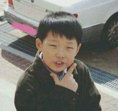 Fetus Bobby from ikon Yg Ikon, Ikon Kpop, Kim Jinhwan, Hanbin, Ikon Member, Ikon Debut, Ikon Wallpaper, Boy Idols, E Dawn