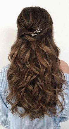 43 Gorgeous Half Up Half Down Hairstyles , partial updo hairstyle , braid half up half down hairstyles , bridal hair ,boho hairstyle frisuren haare hair hair long hair short Wedding Hairstyles For Long Hair, Elegant Hairstyles, Wedding Hair And Makeup, Gorgeous Hairstyles, Wedding Updo, Gown Wedding, Wedding Rings, Hairstyles For Bridesmaids, Wedding Dresses