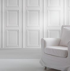 Panel wallpaper in white, inspired by traditional wooden panelling. The white decorative panels make for a classic look and perfect for decorating feature walls or a whole room. Panelled wallpaper is perfect for adding a historic touch in a new way. White Wall Paneling, Wooden Panelling, White Walls, Wall Panelling, Wall Pannels, Interior Wood Paneling, Hall Wallpaper, Wallpaper Designs, Custom Wallpaper