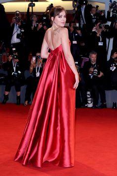 Dakota at the Venice film festival Strapless Dress Formal, Formal Dresses, Dakota Johnson, Celebs, Celebrities, Film Festival, Lady In Red, Red Carpet, Celebrity Style