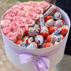 Happy Birthday Flower, Gift Box Birthday, Birthday Candy, Diy Birthday, Candy Bouquet Diy, Food Bouquet, Diy Bouquet, Xmas Gifts, Valentine Gifts