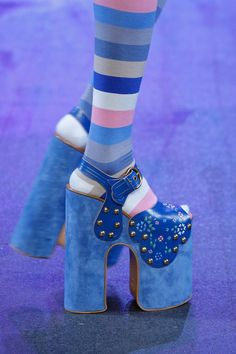 Marc Jacobs - Spring 2017 Ready-to-Wear - The look of Ziggy Stardust was androgynous featuring towering platforms