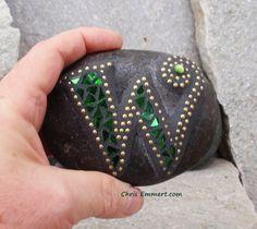 "7 Stones Spell ""Welcome"" - Mosaic Stones"
