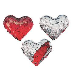 Give away your heart this Valentine's Day. Actually, it might be better to give away these great Valentine's Day Flipping Sequins Plush Hearts. All Valentine Day, Bear Valentines, Valentine Gifts, Valentine Party, Valentine Baskets, Mother's Day Diy, Easter Crafts For Kids, Crochet Patterns For Beginners, Small Heart