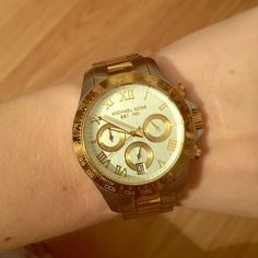 ❗️PRICE DROP❗️EUC Michael Kors two tone watch Excellent condition two tone Michael Kors medium side chronograph watch. No visible scratches on face. Adjusted to fit my fit but can likely get extra links through MK customer service. Style MK5455 Michael Kors Accessories Watches